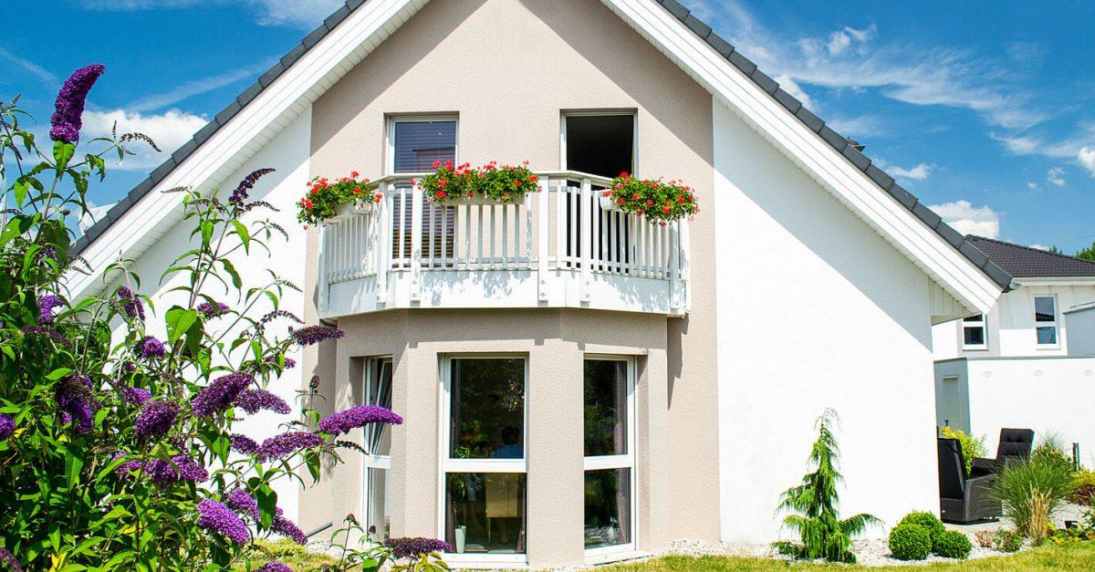 Einfamilienhaus mit Balkon